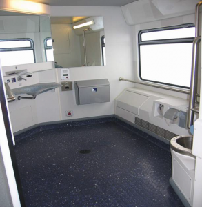 Toilets for people with limited mobility – double-deck coach DOSTO